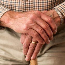 Prostata infiammata: quali i sintomi e i rimedi